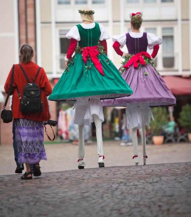 Street Act - Bavarian Style