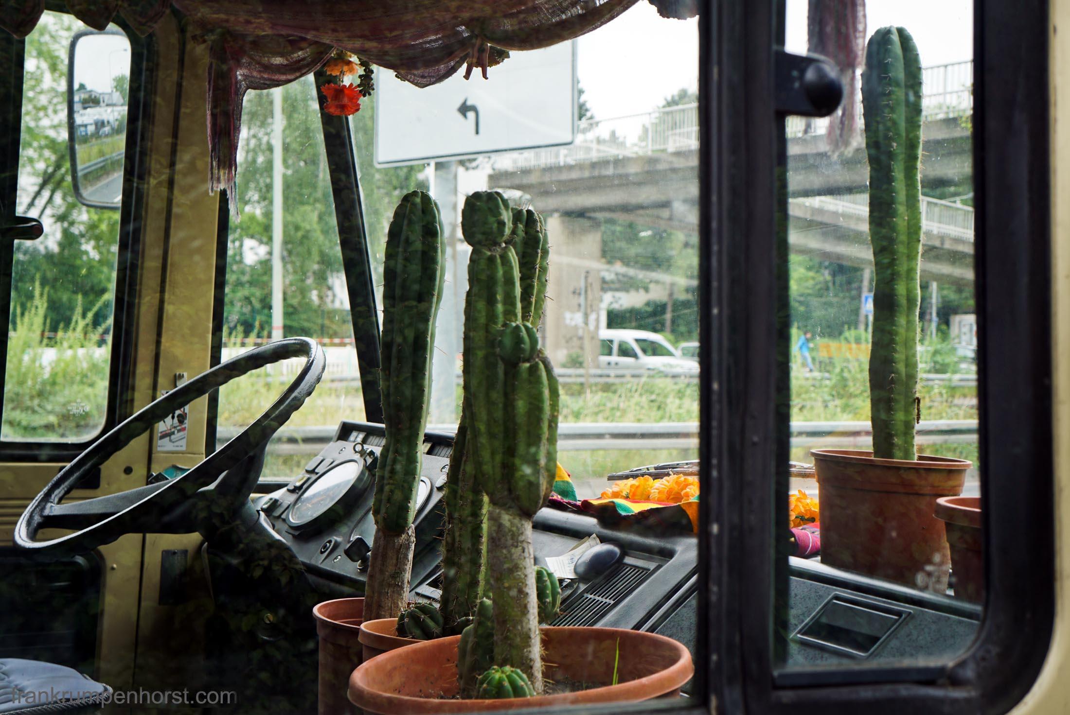 Spiky Cab